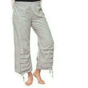 Tulip USA Women's Gray Scooter Pants